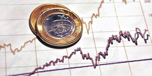 Aumenta-a-dívida-publica-no-Brasil.jpg