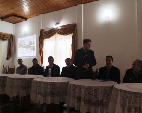 Secretario Aloísio Salvatti em reunião da ADR Canoinhas