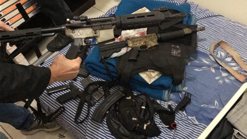 f21-07-17-POL-Armas-Presas-Ponta-Grossa.jpeg