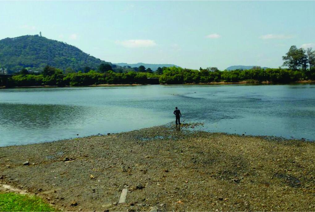População-deve-economizar-água-tratada2.jpg