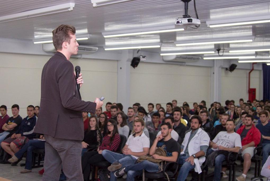 Uniguaçu-e-Sebrae-lançam-projeto-Startup-Garag.png