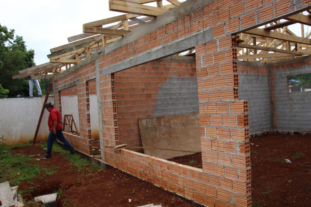 f29-11-17-Bituruna-melhorias-em-escolas-e-cmeis2.jpg