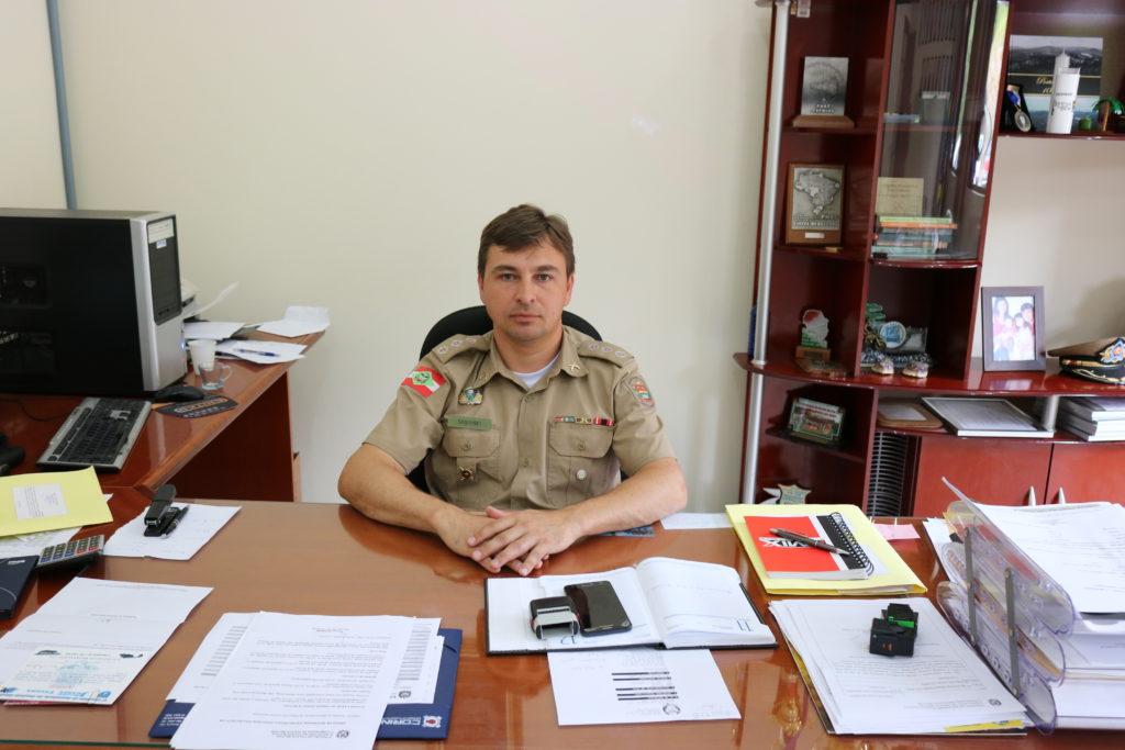 f08-12-17-Comandante-da-polícia-de-PU.jpg