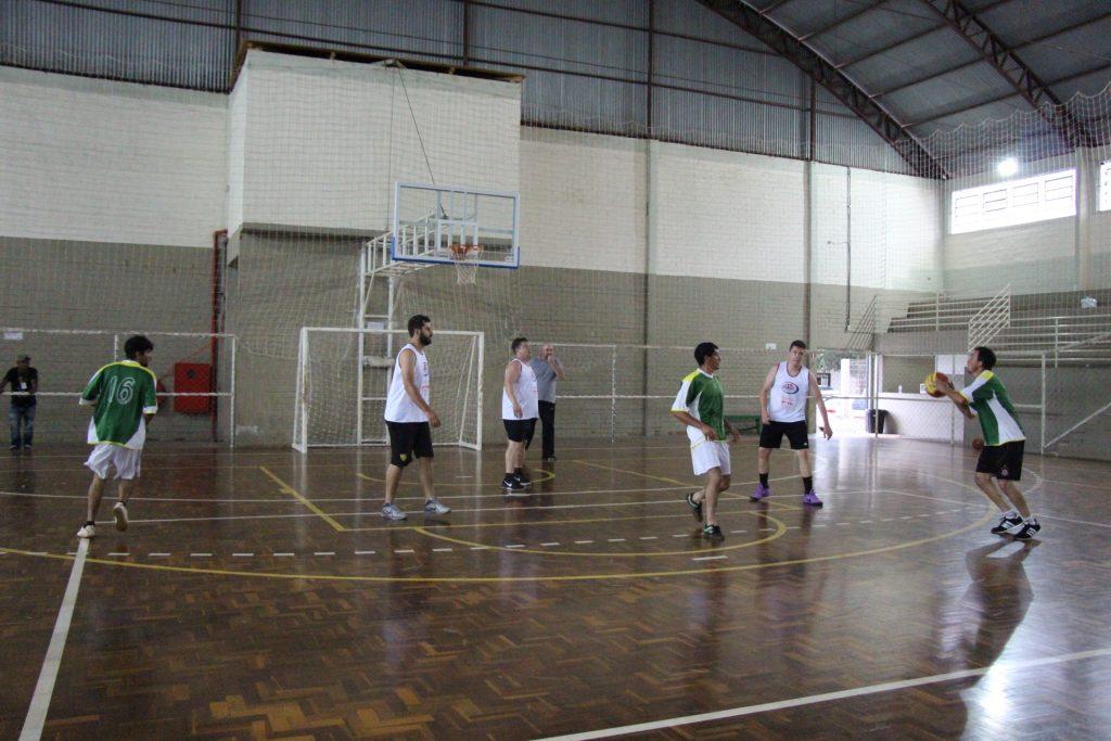 Sábado-20-basquete-43.jpg