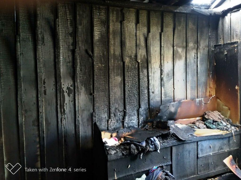f06-04-18-casa-queimada-incendio.jpg