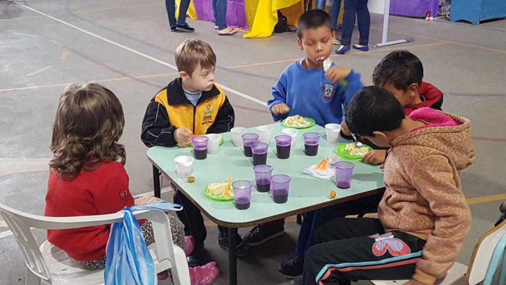 f18-04-18-show-festa-crianças-1.jpg