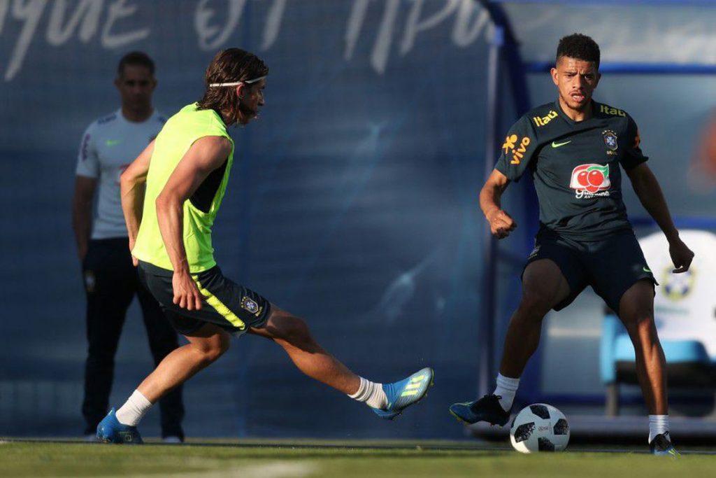 f19-06-18-seleção-brasileira-começa-a-preparação-para-enfrentar-a-costa-rica.jpeg