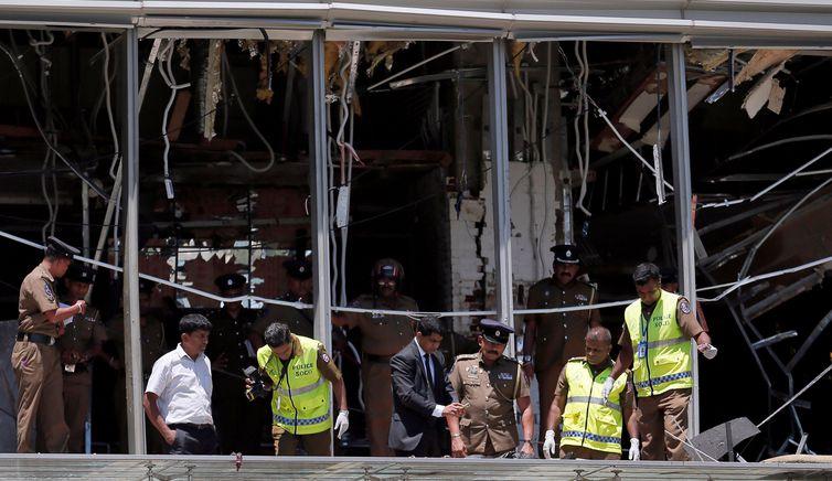 Sri Lanka, Explosão, Igreja. REUTERS/Dinuka Liyanawatte