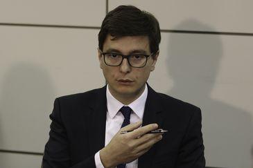 O secretário de Trabalho do Ministério da Economia, Bruno Dalcolmo, durante divulgação de dados do Cadastro Geral de Empregados e Desempregados (Caged) de janeiro de 2019.