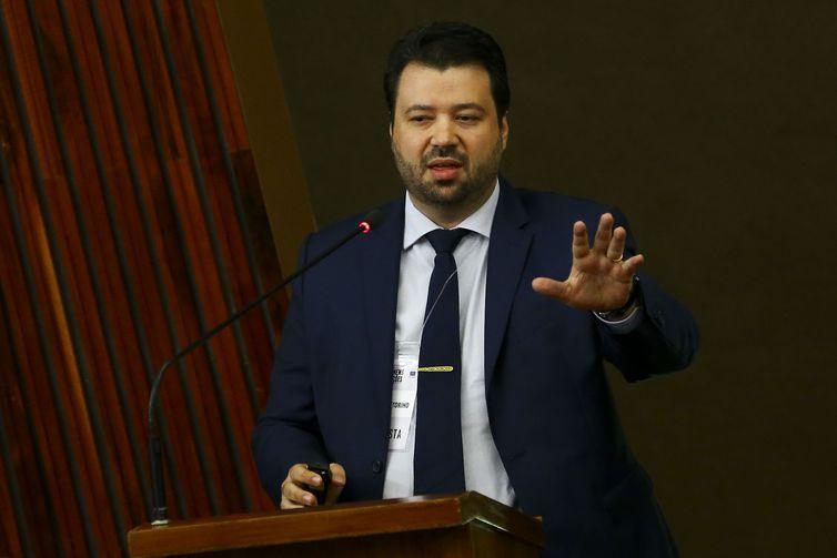O consultor de marketing digital, Marcelo Vitorino, durante o Seminário Internacional Fake News e Eleições, promovido pelo Tribunal Superior Eleitoral (TSE).